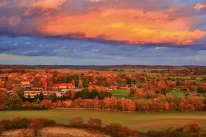 Blick vom Aussichtsturm (roter Sonnenuntergang) 6